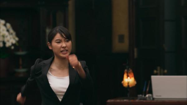 【エンタメ画像】《最新画像》土屋太鳳のお●ぱいがデカすぎる★《IQ246~華麗なる事件簿 第2話》