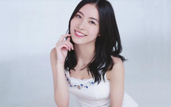 【エンタメ画像】《画像》松井珠理奈が若手俳優とベッドでニャンニャンしてる写真が流出♪♪♪♪♪♪♪♪
