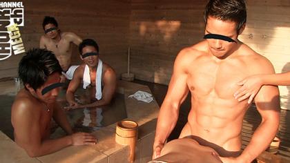 【ノンケ 動画】3人の筋肉ノンケに見られてるのに、工藤敦志はチンポびんびんでうれしそう!