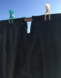 セリア ハンガー止めを洗濯ハサミ使用