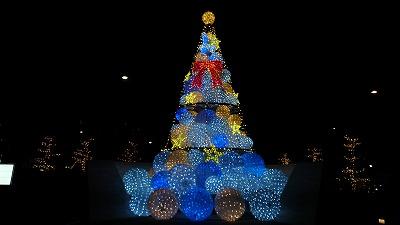 コンラッド東京のクリスマスツリー