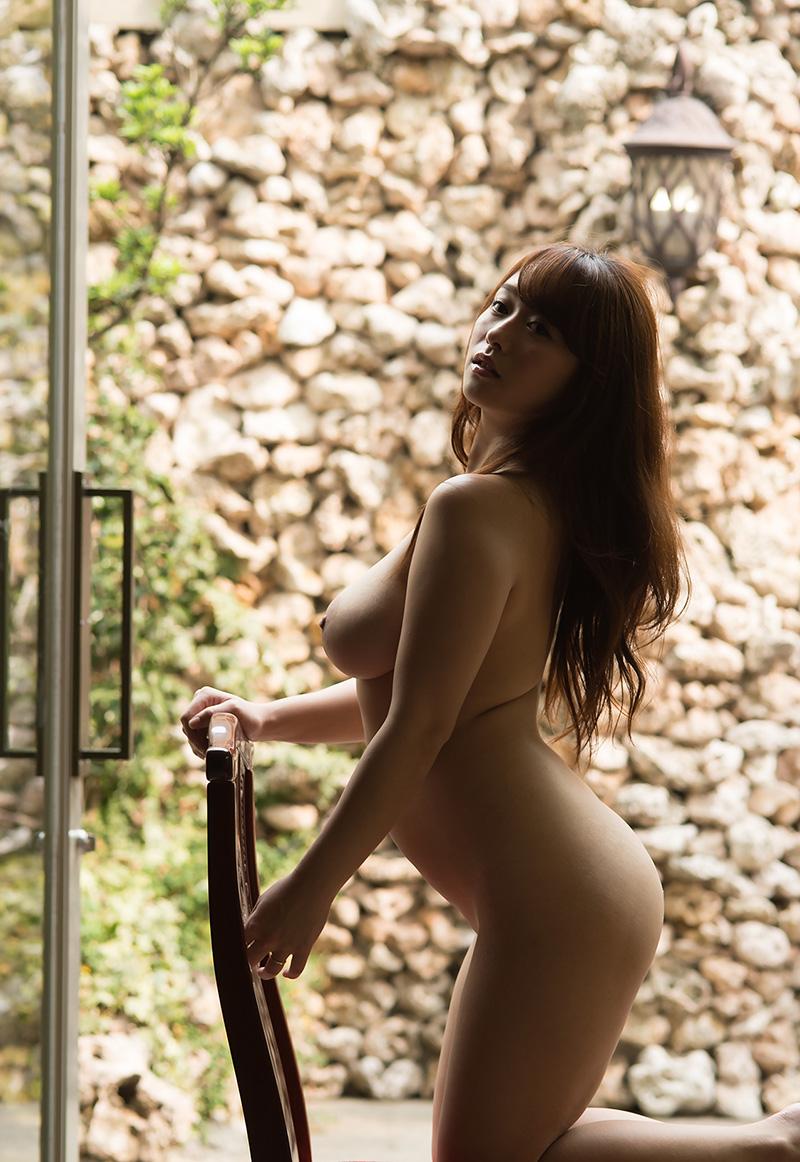 白石茉莉奈のグラビア写真