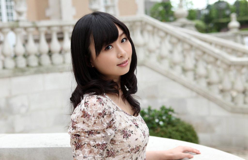 【No.31292】 綺麗なお姉さん / 羽月希
