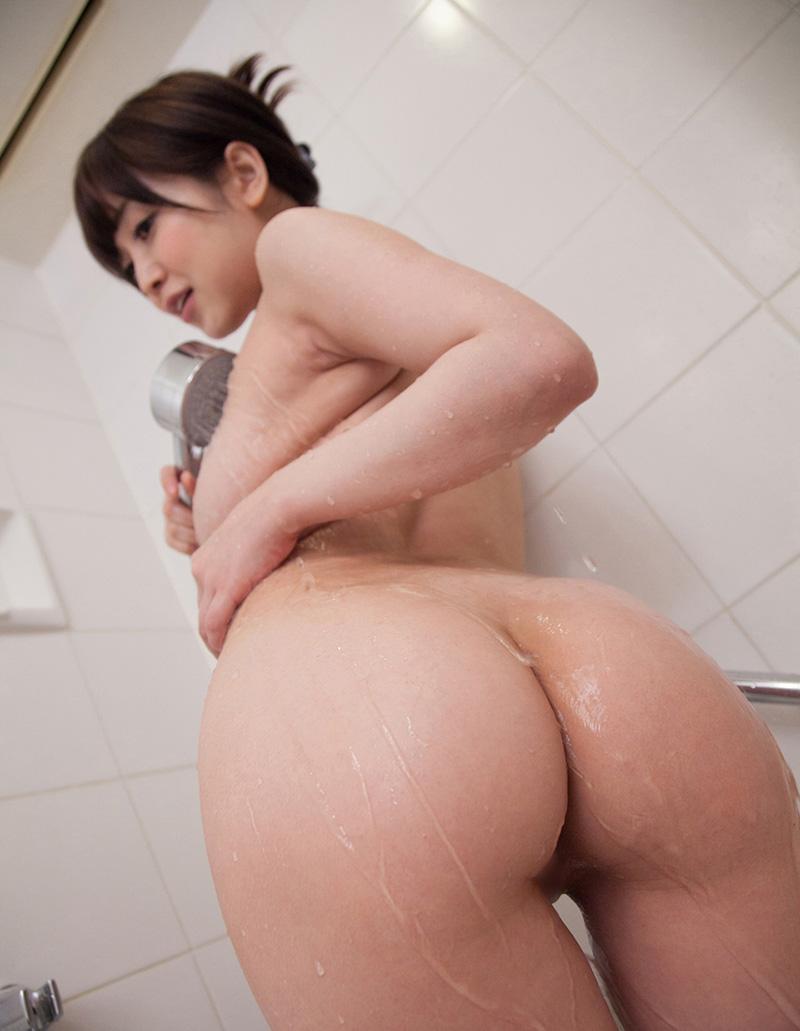 篠田ゆうのグラビア写真