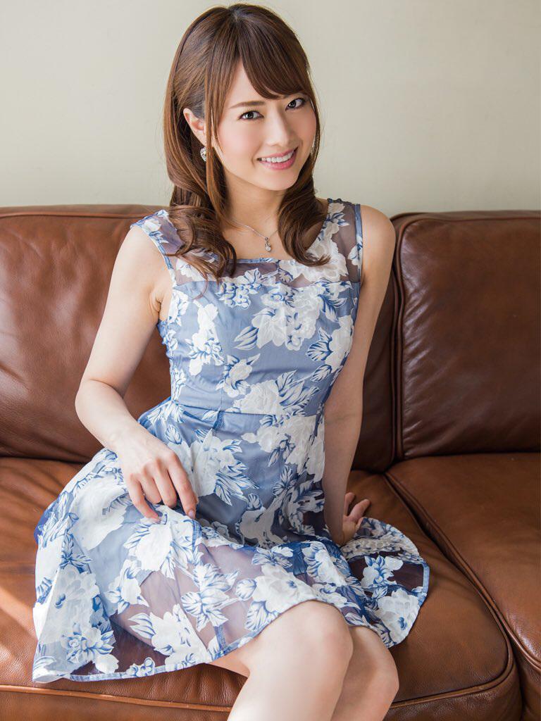 【No.31581】 綺麗なお姉さん / 吉沢明歩