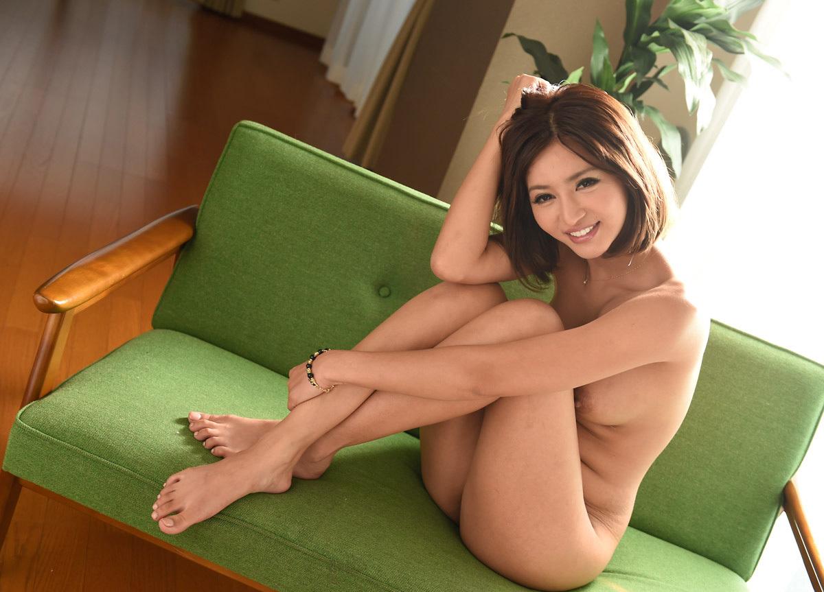 麻生希のグラビア写真