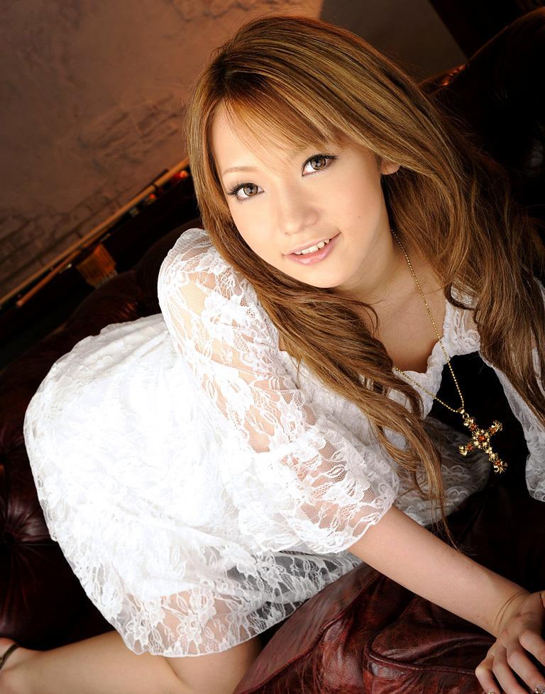 【No.32045】 綺麗なお姉さん / 新垣セナ