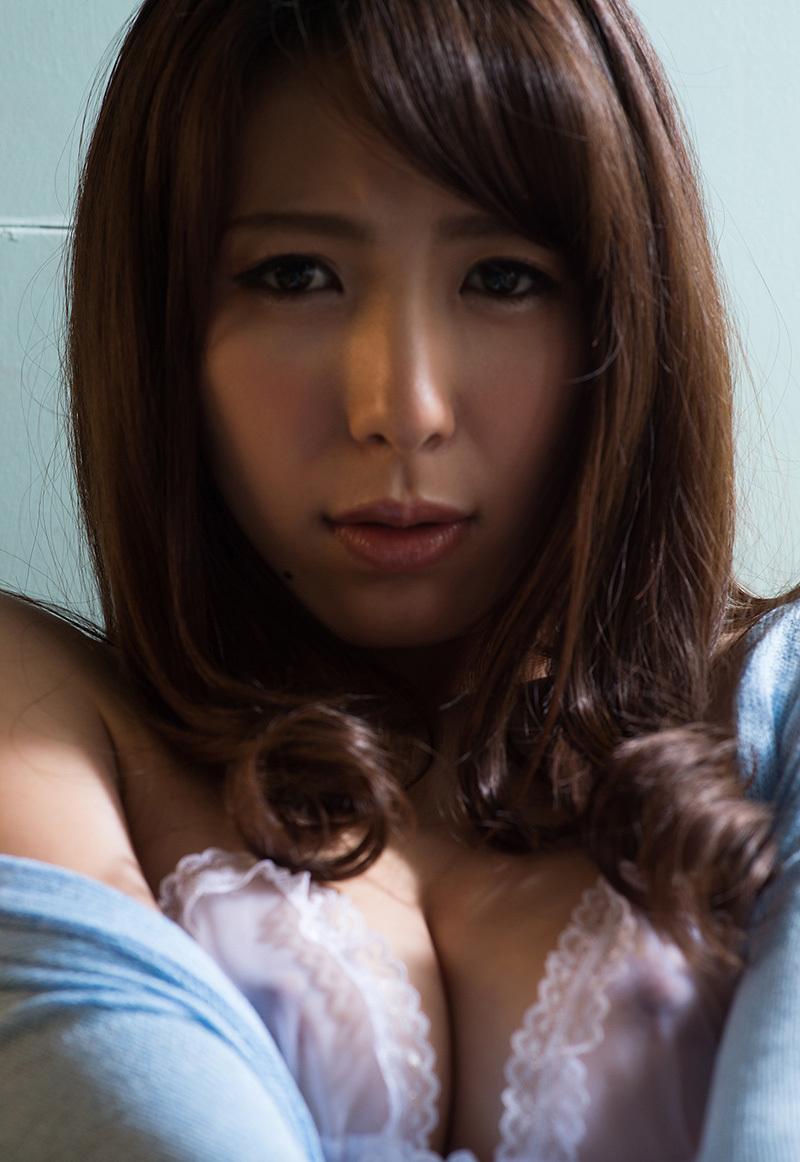 【No.32107】 谷間 / 雪白かん菜