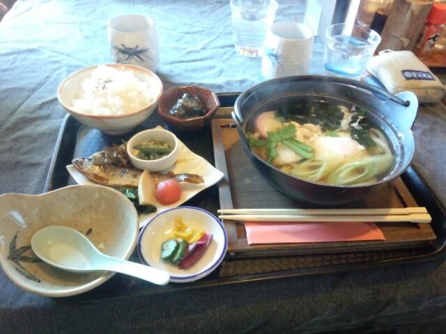 20151031_09鍋焼きうどん定食