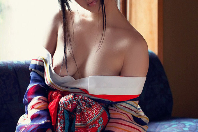 アダルト画像3次元 - 和服で肌を晒してる御姉さんのエロ画像