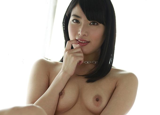 由愛可奈のグラビア写真集