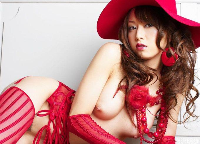【ヌード】頭に帽子を被った美女たちのお美しい全裸!ハット帽子ヌード画像40枚