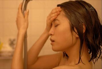 前田敦子(24)が決意の全裸シャワーシーン披露…これが女優志望のなれの果て…(※キャプ画像大量)
