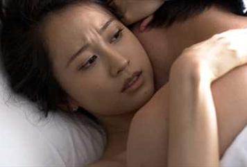 【画像】前田敦子が毎週、裸でブッチュブッチュ!…2ch「もうAV女優になれよ!」「エロだけドラマ!」