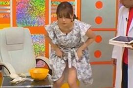 【放送事故】篠崎愛がAbemaTVでパンチラ!最近じゃこんな仕事しかないのか…(※画像あり)