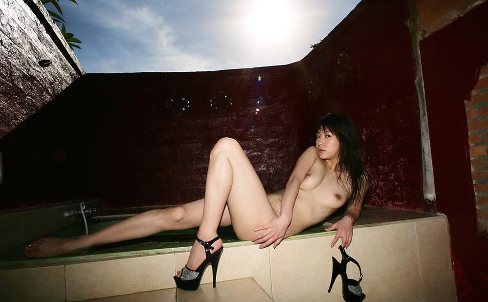 全裸 画像 18