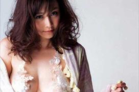 杉原杏璃(32歳)「ポロリしてますよ!」←ほとんど素っ裸で撮影してれば当然wwww