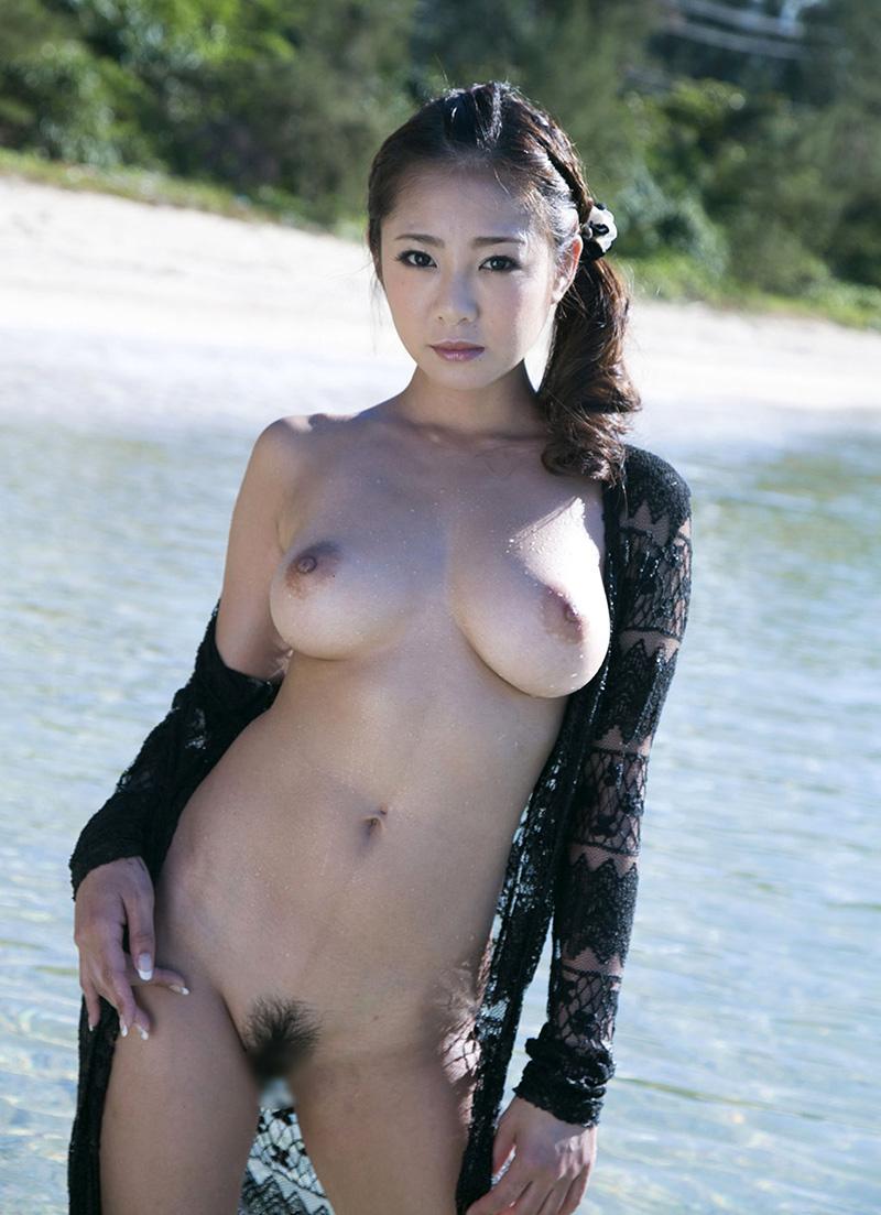 裸 画像 19