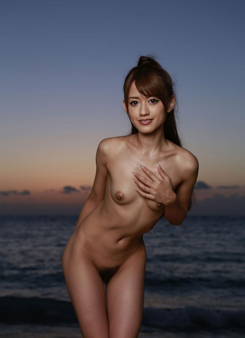 裸 画像 54