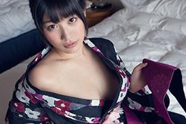 春原未来 浴衣をはだけ抱き合って…セックス画像