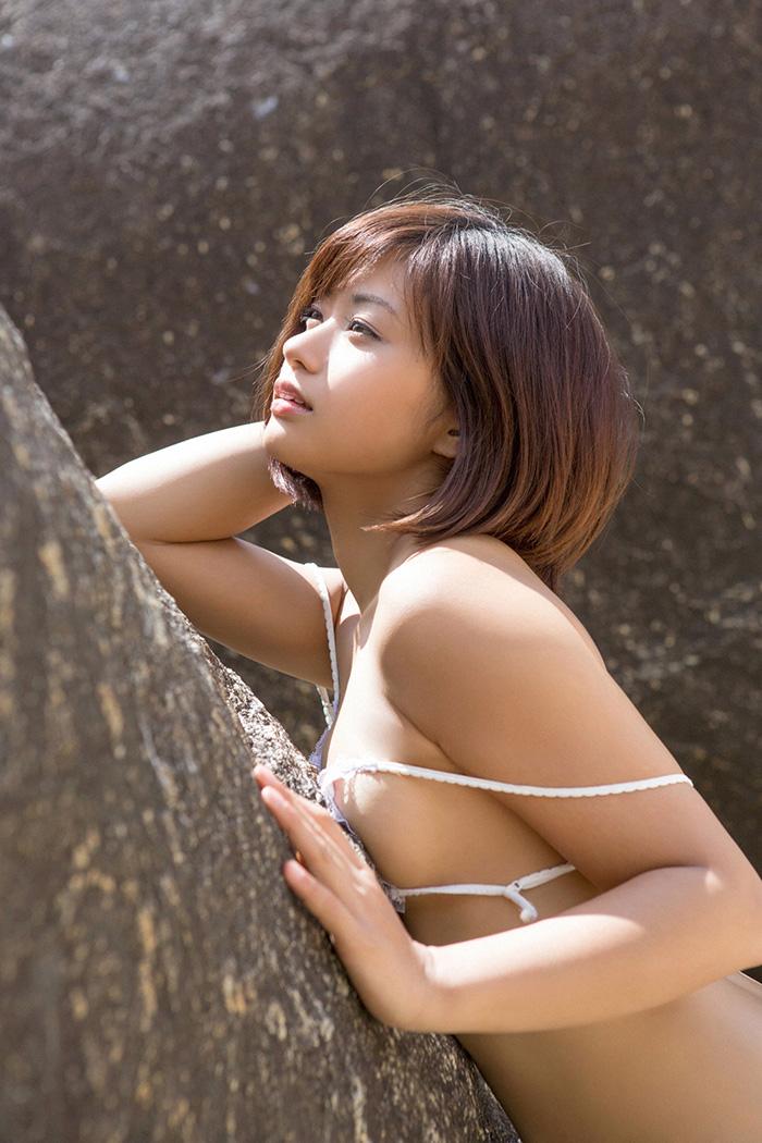 安枝瞳 画像 17