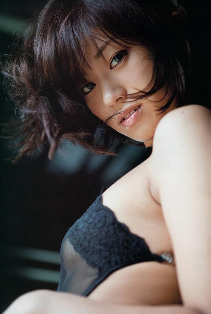 安枝瞳 画像 8