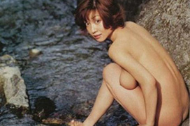 【ヌード画像】細川ふみえ・フルヌード画像大量!⇒2ch「ハミ出し乳首やばい!」「これは初見だ!」