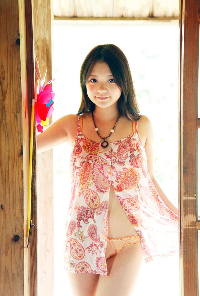 鶴田かな 画像 20