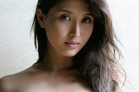 橋本マナミの実に素晴らしい完璧乳房の美乳おっぱい