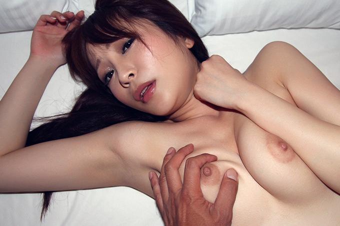 水澤まお 綺麗なお姉さんが激しく顔を歪めて喘ぐセックス画像