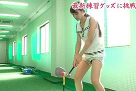 AKB48永尾まりやのアソコが見えそう 【ごるふなでしこ】