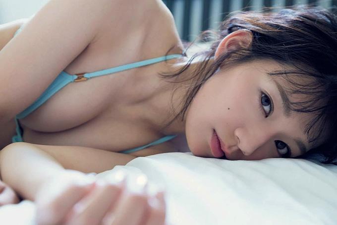 """佐藤美希 最高峰の""""くびれ""""ボディ!"""