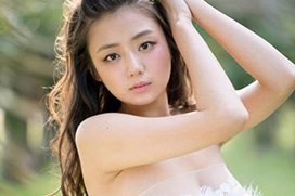 女優・片山萌美が大胆過ぎるビキニ→2ch「凄い垂れ巨乳!」「即ハボ!」(※画像あり)
