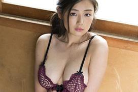 片山萌美 Gカップを魅せつけるイメージDVD発売!「わたし巡り」 #エロ画像 40枚