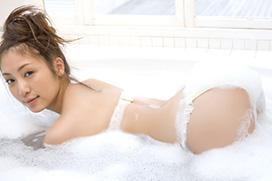 超名作グラビア劇場 辰巳奈都子(27) 純白の泡風呂。画像×12