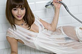 水も滴るいい女!麻生希の濡れ濡れエロ画像でチンコがヤバい