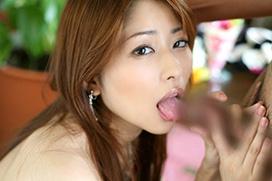 【永久保存】女の子にチンポ舐められたいやつwwwwフェラチオエロ画像大集合www