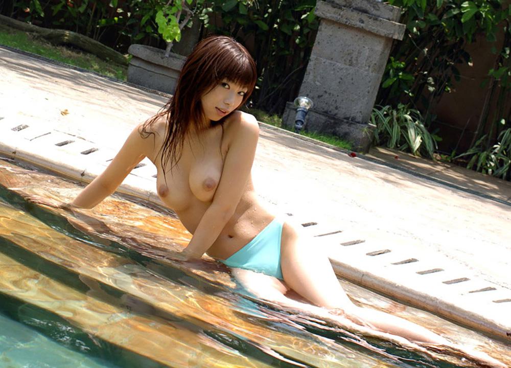 プール エロ画像 29