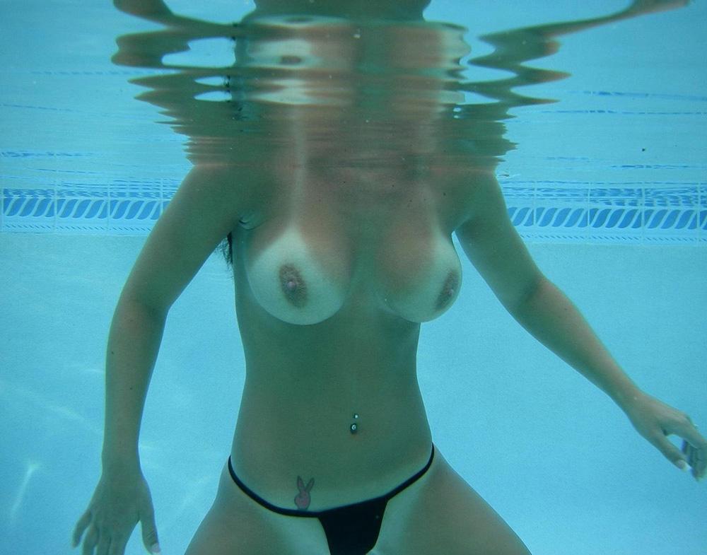 プール エロ画像 95