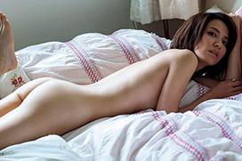 【戸田れい】ガチな全裸セミヌード確定(・ω・ノ)ブラもパンツも脱いで美乳美尻OKww