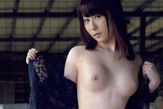 【エロ画像】飛鳥りん 美今時女子校生あいどる、天然無毛ぬーど☆