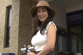 紗綾の北九州PR動画が爆乳過ぎると話題