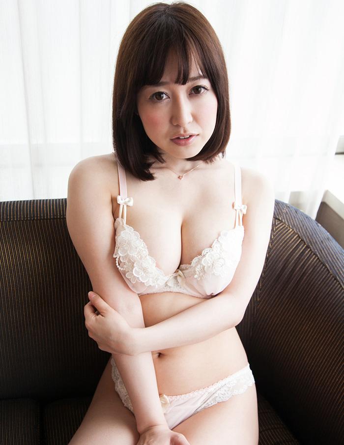 篠田ゆう 画像 23