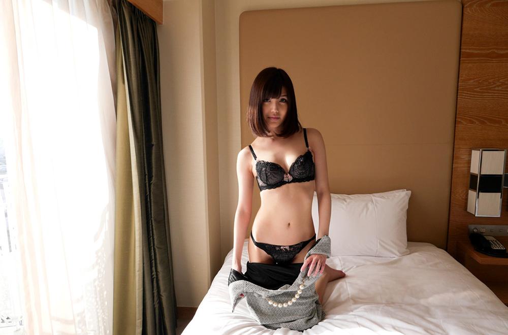 有賀ゆあ セックス画像 18