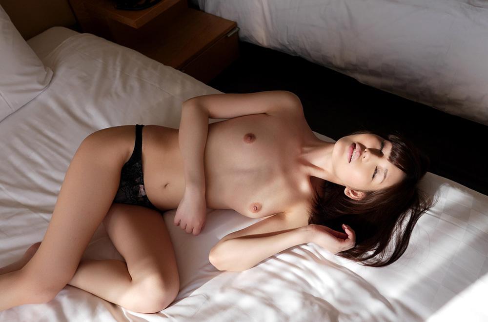 有賀ゆあ セックス画像 28