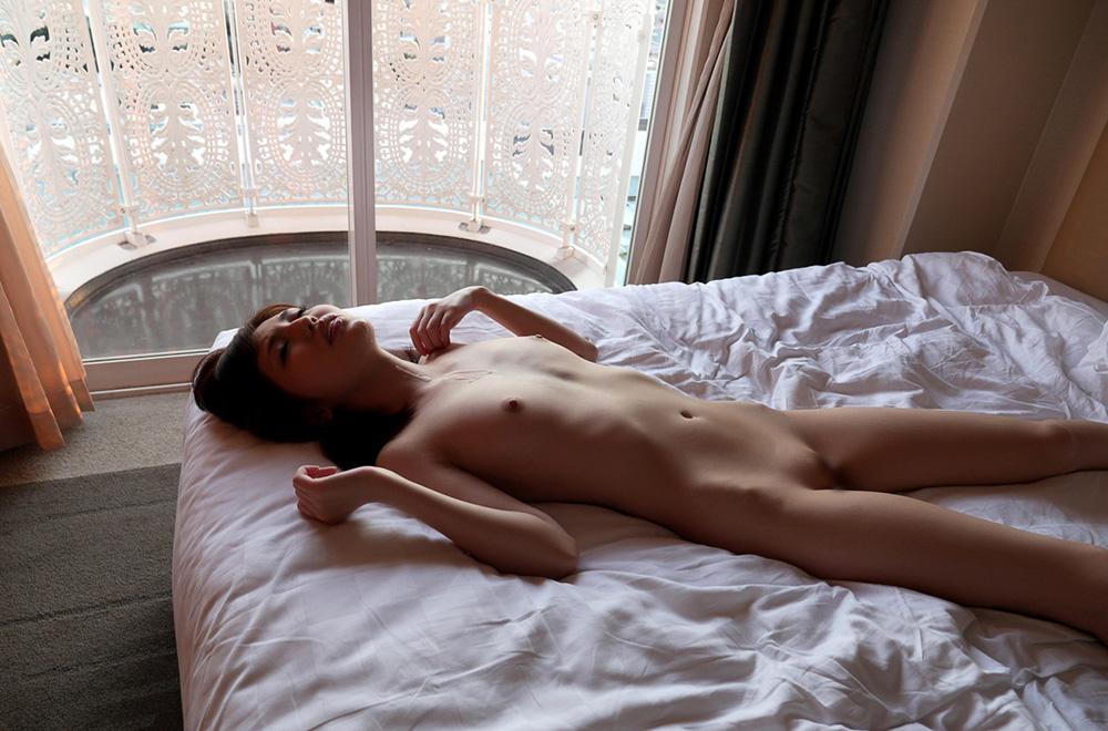 有賀ゆあ セックス画像 76