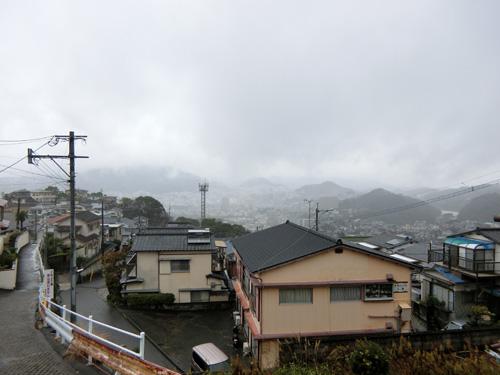 霧雨のような雨です。