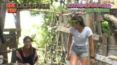 長谷川潤と森泉胸チラ谷間チラ画像8
