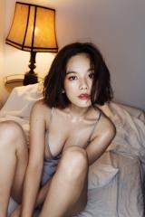 筧美和子ノーブラ腕ブラ画像3