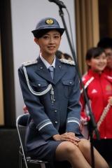 熊井友理奈パンチラ一日警察署長画像3